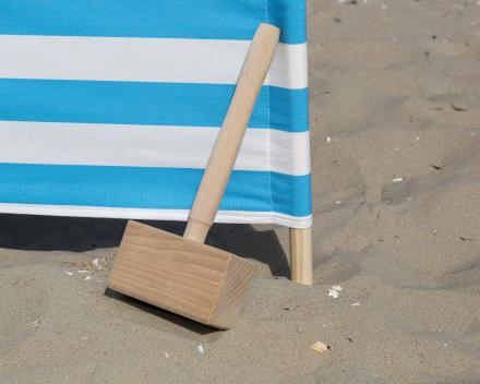 met een houten hamer van Avalo is er meer slagkracht en een groter oppervlak